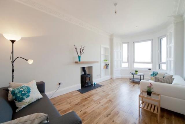 Thumbnail Flat to rent in Merchiston Grove, Shandon