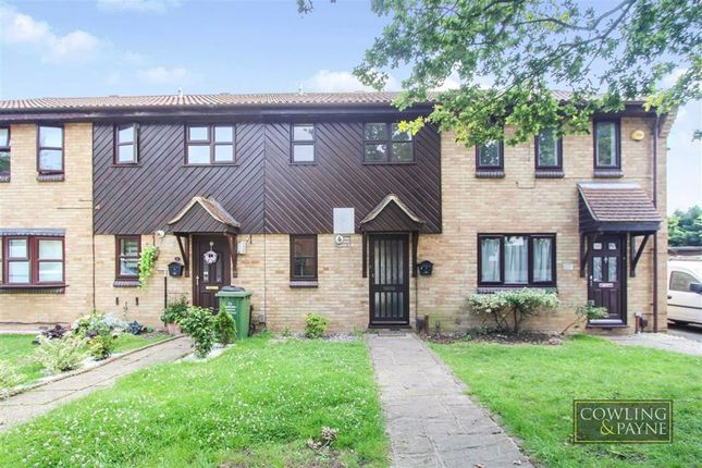 Thumbnail Terraced house for sale in Wood Green, Basildon, Essex