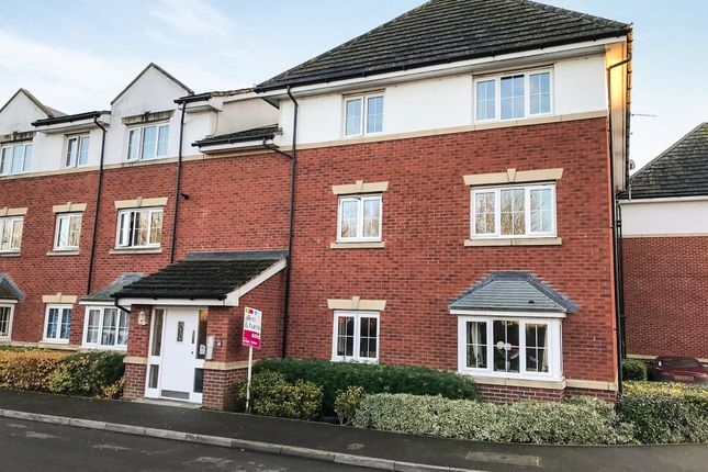 Thumbnail Flat for sale in White Horse Way, Devizes