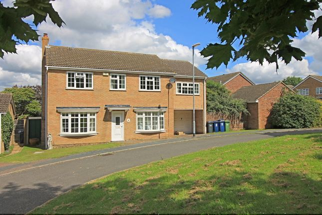 Thumbnail Detached house for sale in Meadow Way, Great Paxton