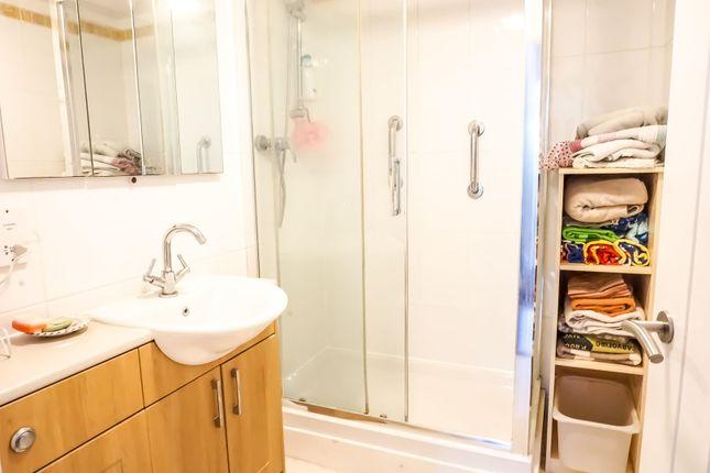 Shower Room of Passmore, Milton Keynes MK6