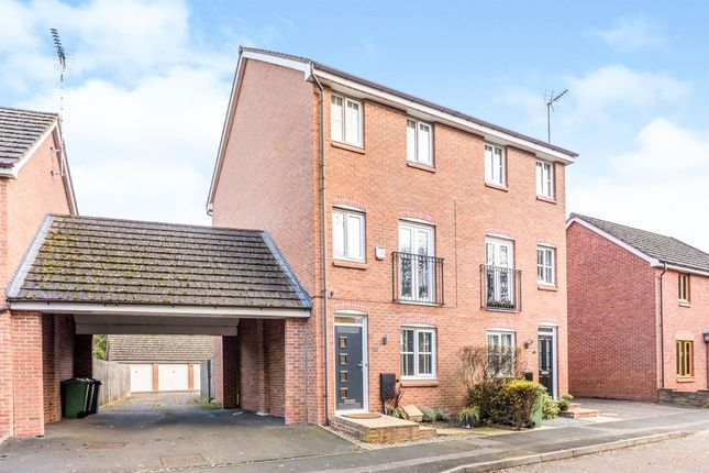 3 bed town house for sale in Pioneer Way, Stafford ST17