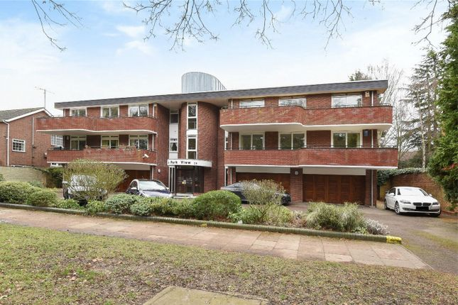 Thumbnail Flat for sale in Park Avenue, Bedford