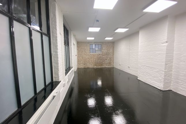 Office to let in Unit C Taylor's Yard, 160 Brick Lane, London