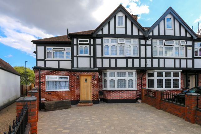 Thumbnail Semi-detached house for sale in Kinross Close, Kenton, Harrow