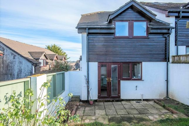 3 bed semi-detached house to rent in Alderwood Parc, Penryn TR10