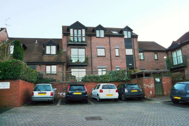 Thumbnail Flat to rent in St. Lawrence Square, Hungerford