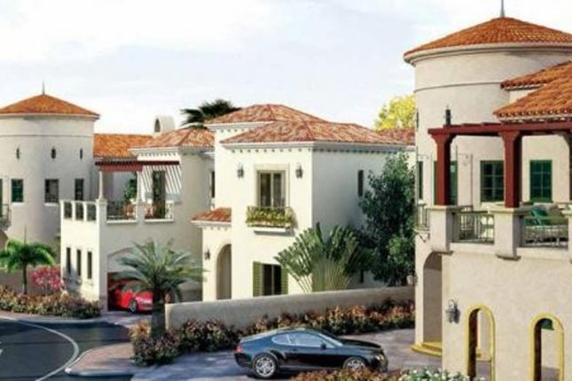 Thumbnail Villa for sale in Royal Golf Villas, Dubai, United Arab Emirates