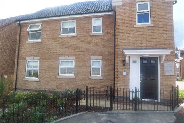 Thumbnail Flat to rent in Shortstones Walk, Rugby