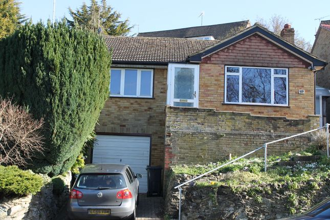 Thumbnail Bungalow to rent in Warwick Avenue, High Wycombe