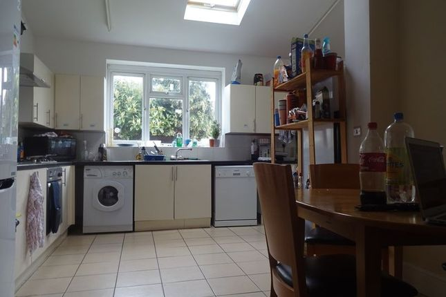Thumbnail Property to rent in Harlaxton Drive, Nottingham