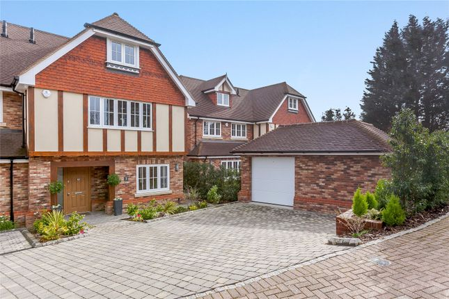 Thumbnail Town house for sale in Little Dormers, 17 South Park Crescent, Gerrards Cross, Buckinghamshire