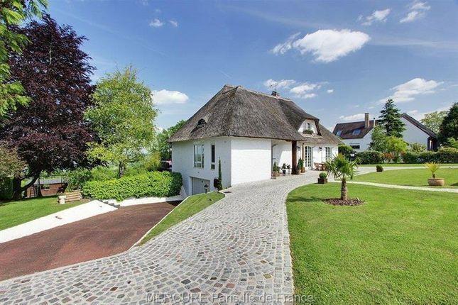 Thumbnail Property for sale in Lagny-Sur-Marne, Ile-De-France, France