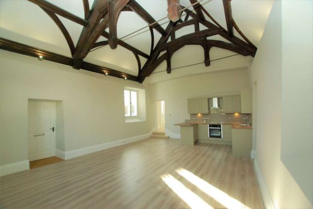 Thumbnail Flat to rent in Newtown Road, Newbury