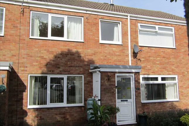 Thumbnail Town house to rent in Ancaster Court, Scunthorpe