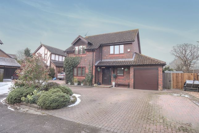 Thumbnail Detached house for sale in Elm Lane, Lower Earley, Reading