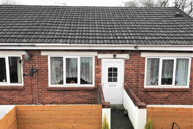 Thumbnail Maisonette for sale in The Walk, Hengoed