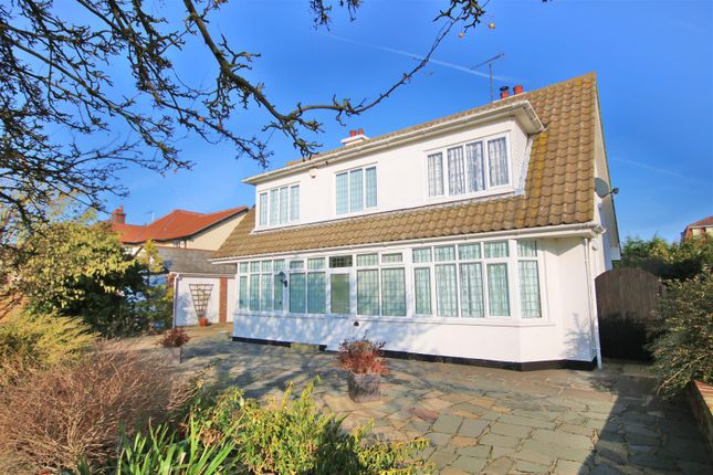 Thumbnail Property for sale in Oxford Road, Frinton-On-Sea