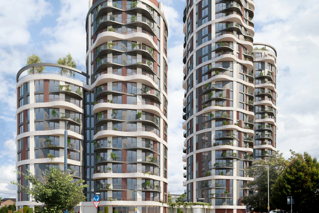 Thumbnail Flat for sale in Cambridge Road, Barking, Essex