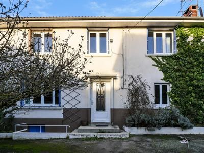 Thumbnail Property for sale in Flavignac, Haute-Vienne, France