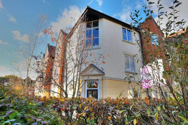 Thumbnail Flat for sale in Trafalgar Square, Norwich