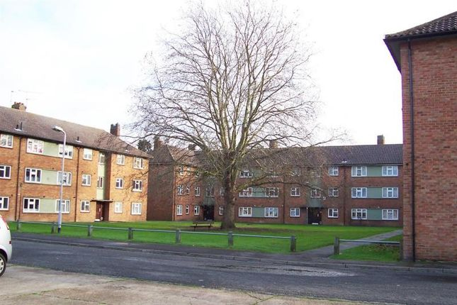1 bed flat for sale in Hanover Way, Windsor