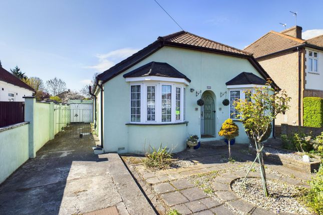 3 bed detached bungalow for sale in Kingston Road, Ashford TW15