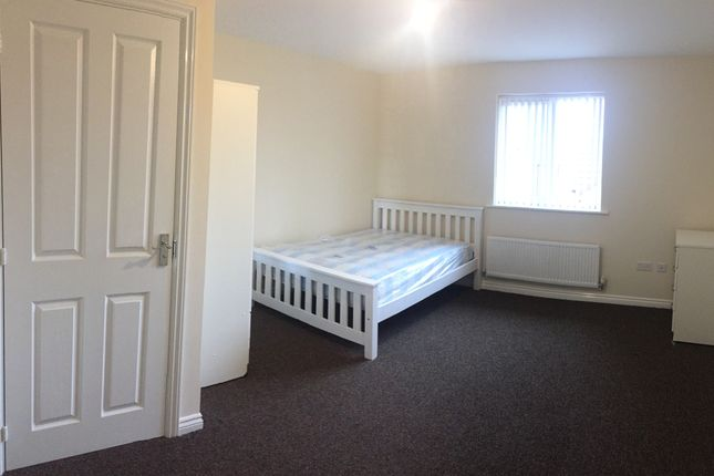 Thumbnail Town house to rent in Signals Drive, Coventry