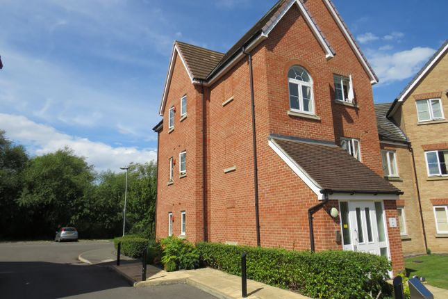 Thumbnail Flat to rent in Monarch Way, Leighton Buzzard