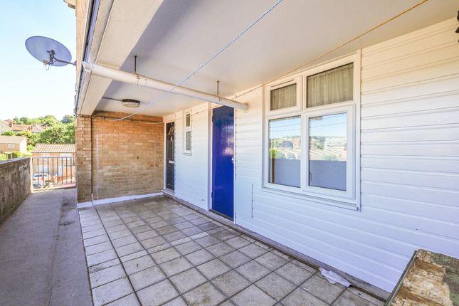 Thumbnail Maisonette to rent in Fairfax Avenue, Redhill
