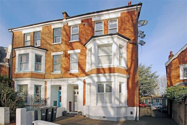 1 bed flat for sale in Thorney Hedge Road, London