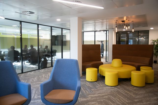 Thumbnail Office to let in East Smithfield, London