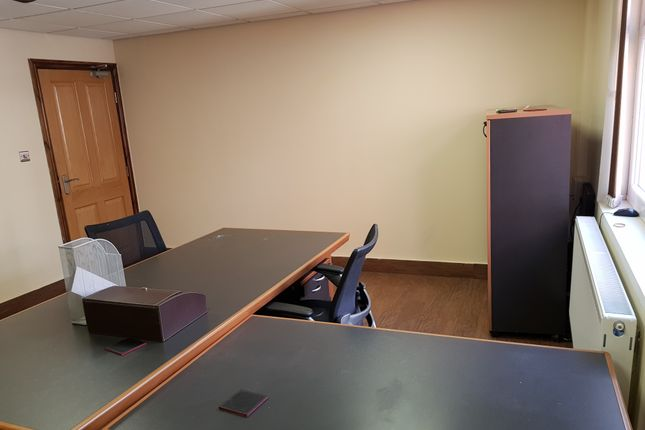 Office B 210 Sq Ft