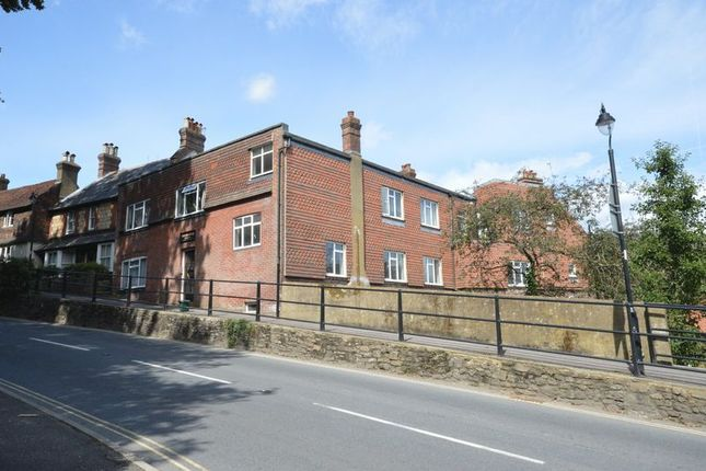 Thumbnail Flat to rent in Shepherds Hill, Haslemere