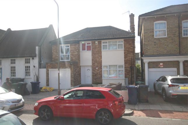 Thumbnail Detached house to rent in Essex Park, Finchley
