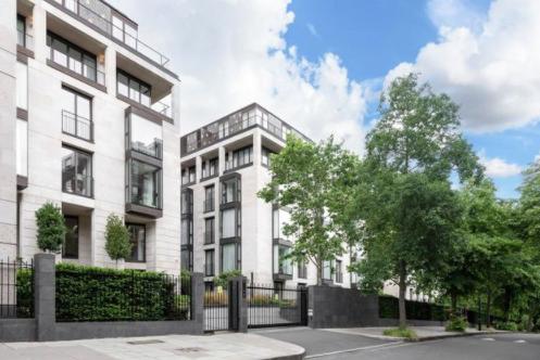 Thumbnail Flat to rent in St Edmonds, London