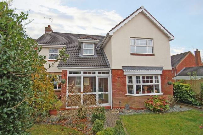 Thumbnail Detached house for sale in Longmoor Close, Redditch