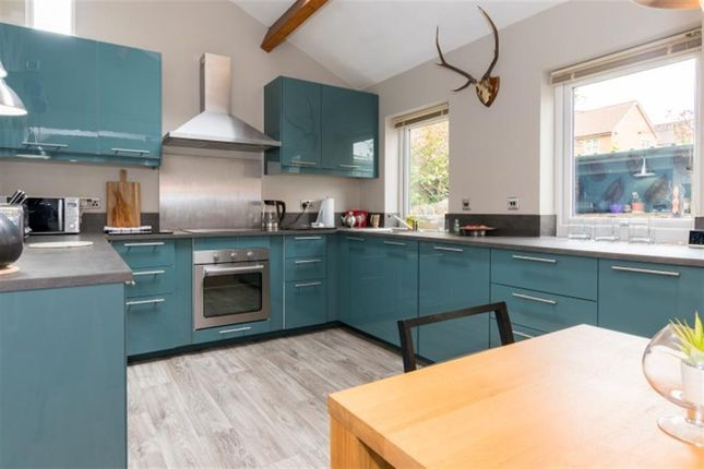 Kitchen of Smalewell Green, Pudsey LS28