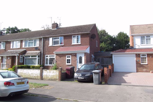 Thumbnail Semi-detached house to rent in Wensley Road, Reading