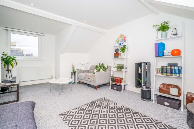 Thumbnail Flat for sale in Somerset Place, Stoke, Plymouth