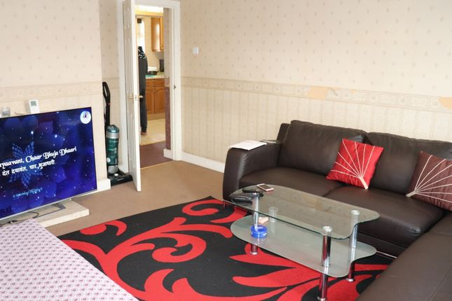 Thumbnail Flat to rent in Ladymargrate Road, Southall