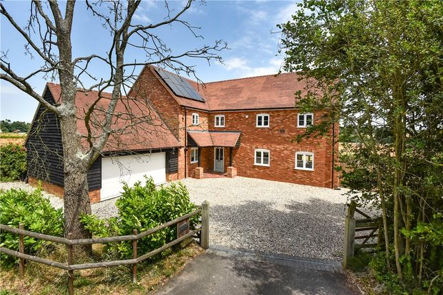 Thumbnail Detached house for sale in Reading Road, Mattingley, Hook