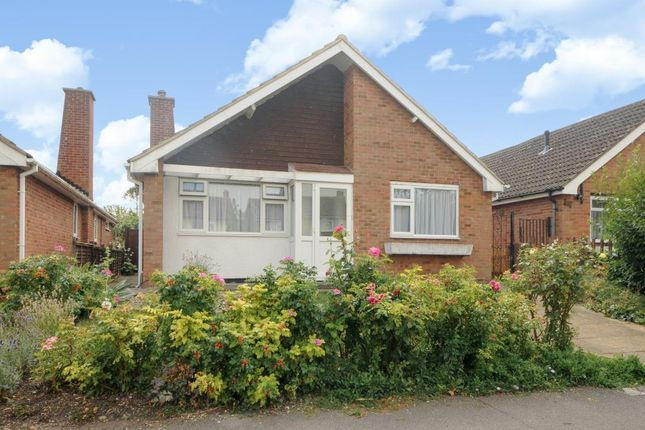 Thumbnail Detached bungalow for sale in Vale Avenue, Grove, Oxfordshire