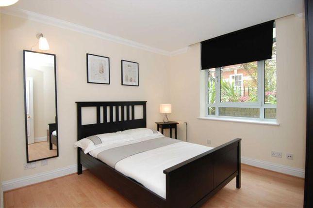 Room to rent in Robert Street, London, London WC2N