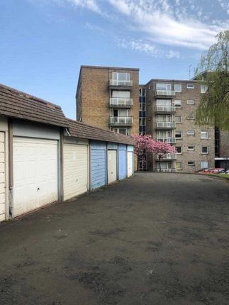 Thumbnail Parking/garage to rent in Great Western Road, Glasgow