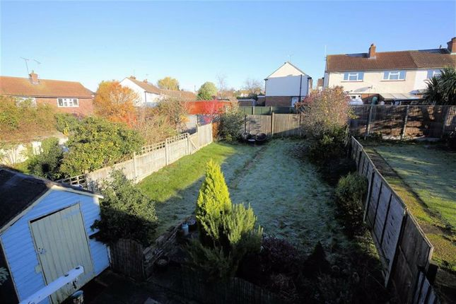 Thumbnail Terraced house for sale in Beaconfield Way, Epping