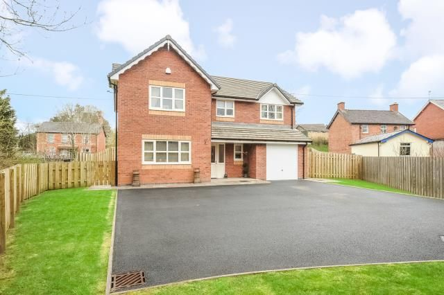 Thumbnail Detached house for sale in Newbridge On Wye, Llandrindod Wells, Powys