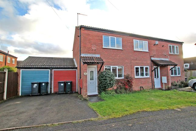 2 bed town house to rent in Oulton Close, Arnold, Nottingham NG5