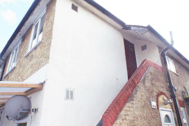 Thumbnail Maisonette for sale in Elmcroft Close, Feltham