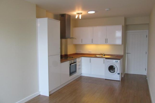 Flat to rent in High Street, Whitstable